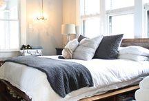 bedroom / by Janna Webbon