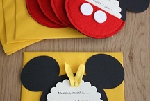 Mickey Mouse / by Ludi Fuertes Garcia