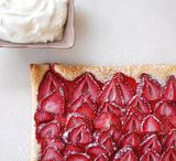Food - Desserts Strawberry / by Kimberly Howard