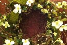 Wreaths / by Dayna Longsine