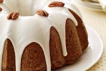 Cakes / by Bernice Locashio Corman