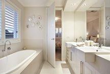 Home: Bathroom / by Zoe Hurtado