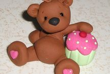 Cake_Toppers and Decorations / by Ruth Alverson