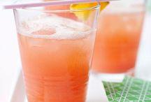 Drinks / by Lisa Sweeney
