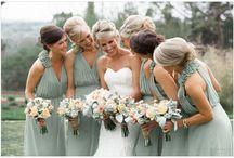 Wedding Dresses / by Luz Ramirez
