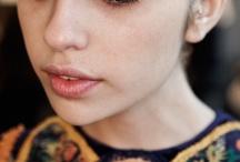 make up / by Aryan Zarazúa