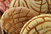 Pan dulce q rico !  / by Hevelin Silva