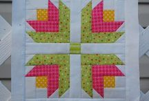 Quilts - Log Cabin / by Mrs. Cook