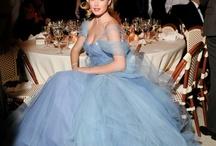 Beautiful fashion! / by Carole Pray