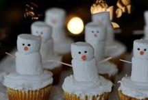 Cupcakes / by Tanya Macpherson