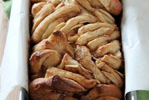 Breads and Pull aparts / by Greta De Meo