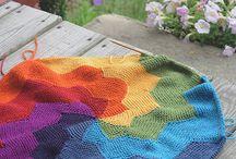 knitting / by HomeBakedOnline