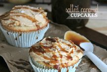 Cupcakes & Muffins / by Johnnette Horton