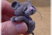 Amigurumi / by Anne Mali