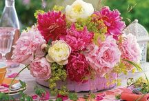 Fabulous Florals / by Lisa Maeder