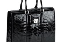 Bags / Bolsos//Handbags//Maletines / by Marissa De los rios