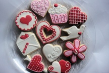 decorations ideas for cookies / by Ida Gaines