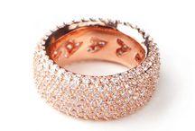 Jewelry / by Ashleigh Fairbanks