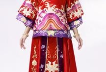 "JinFenghuang / 金凤凰服饰有限公司是从制作传统的旗袍龙凤褂发展而来,不仅拥有中国最顶尖的粤绣设计团队而且还有国外一流的婚纱设计师的支持,逐渐发展成融合传统经典与现代时尚元素的品牌服饰公司。         金凤凰高级时装是由纯手工精制而成、表里一致、讲究高雅精致。它可是为了您一个人一次的穿着而设计、定制面料、再制作时装。不仅独一无二,还凸显了女性的个性和品味。结合欧美时尚梦幻与东方绮丽古典元素再现""经典时尚之美"" / by Long Fenggua boutique production longfenggua"