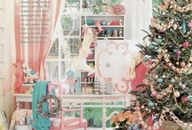 Shabby Chic/Vintage Christmas loves / Some lovely shabby chic and vintage Christmas decor and rooms. / by Lisa Yriarte