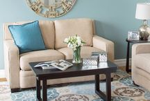 Living Rooms / by Julie Schenher