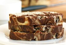 6 Dessert - Loaf Cakes / by Cassandra Ann
