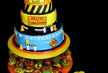 Decorative Cakes / by Mykia Wooten