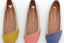 Shoes Fashion / by Pamela Castillo