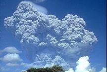 Volcanoes / by Lucas Bezembinder