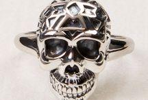 Skulls / by absoluteleigh