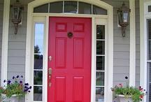 ENTRY WAY/FRONT DOOR / by Carolyn Schilling