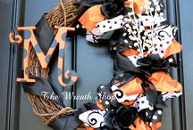Halloween!!👻 / by Elana Fuller