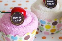 craft: baby shower / towel & diaper  / by Daniela Silvia Ruggeri