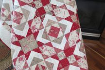 Quilts / by Alise Wilson