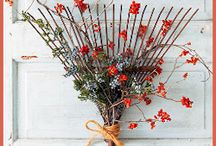 Wreaths & Decor / by Kelli Randall