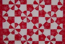 Red & White Quilts / by Joanna Figueroa