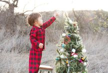 Christmas photo ideas / by Heather Valencia