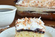 Cakes / by Donna Allen