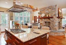 Kitchens / by Jane Ross Fostervold