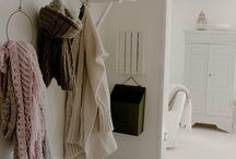 Home: Entry/Hallway / by Maria Waage