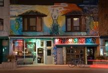Hostels in Toronto / by Hostelzoo