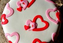 torta San valentino / by Cristina Minotti