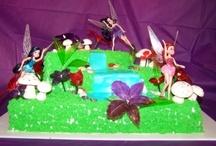Cakes / by Leticia Sanchez Martinez