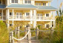 Dreaming of a Beach house / by Kim Chabert