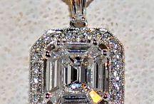 Jewelry / by Daisja Edwards