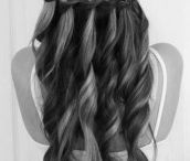 Hairstyles I love / by Taylor Flanery