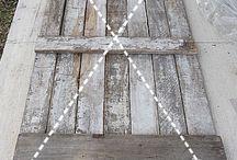Barn Doors / by Deannea Tranter
