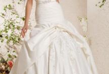 Wedding Fashion {Brides} / by Trendy Elegant Affairs