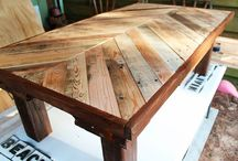 Pallet furniture / by Kim DeBenedetto