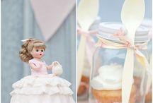 Cupcakes Ideas / by Leigh Anne, YourHomebasedMom